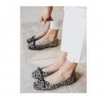 Bailarina Ante gris manchas animal print